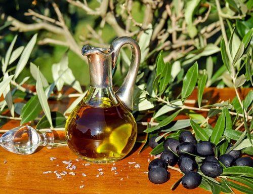Oliwa z oliwek – warto mieć ją w swojej kuchni