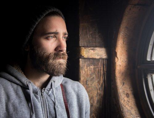 Jak zadbać o brodę, aby zawsze dobrze się prezentowała?